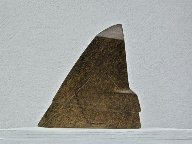 Tilted, 2010, steatit, height 30 cm